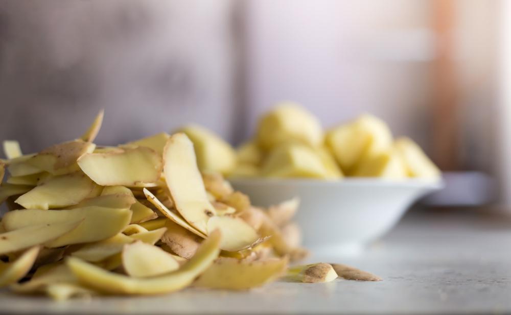 epluchures-pommes-de-terre-pour-nettoyer-tapis