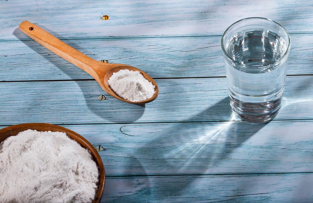 bicarbonate-de-soude-eau-petillante-nettoyer-tapis